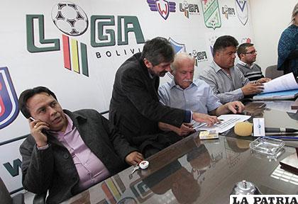 Los ligueros tomaron la decisión salomónica que el partido se juegue este sábado /APG