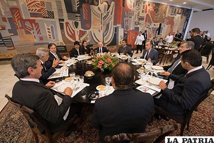 Reunión entre Bolivia y Brasil donde se trató el tema del Tren Bioceánico