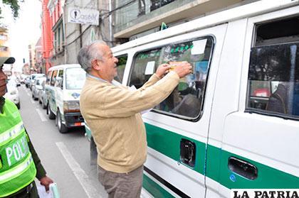 Freddy Gutiérrez, en una de las campañas de concienciación  sobre el buen trato a los adultos mayores