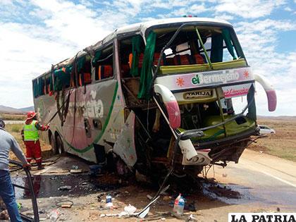 El bus El Bermejeño sufrió el accidente