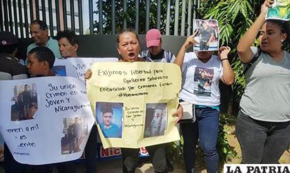 Acusan de terrorismo a 16 nicaragüenses que protestaron contra Ortega