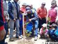 Autoridades universitarias, vecinos y niños participan activamente en la  campaña de arborización /UTO