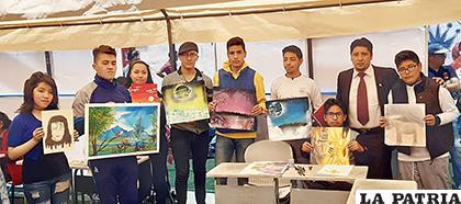 Trabajo de los estudiantes del Colegio Americano /LA PATRIA