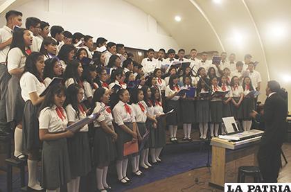 Concierto de La Salle cautivó al público orureño /LA PATRIA /Carla Herrera