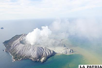 Los fallecidos eran personas que habían sido evacuadas de la isla /EL ESPECTADOR