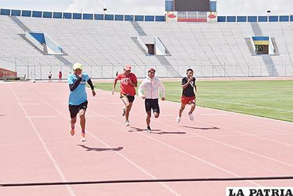 Los orureños se prepararon convenientemente para correr en Beni /Reynaldo Bellota /LA PATRIA