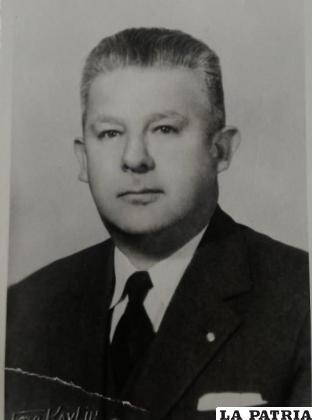Armando Rosas García